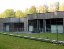 Дизайн фасадов оформлен в стиле минимализм